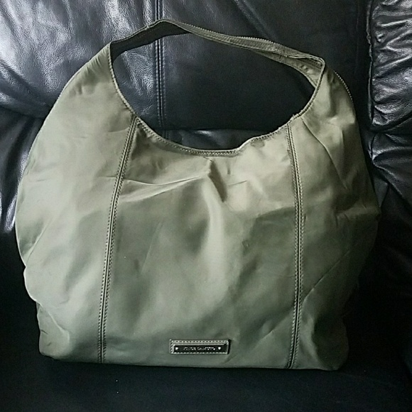 Vince Camuto Handbags - Vince Camuto Army Green Nylon Zoe Hobo Bag